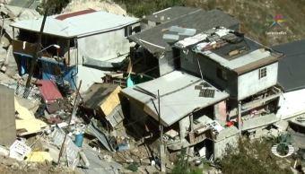 Investigan derrumbe que afectó al menos 100 de casas en Tijuana