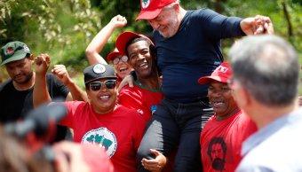 Lula da Silva confirma candidatura presidencial