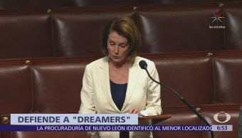 Nancy Pelosi impone récord con el discurso más largo en el Congreso de EU