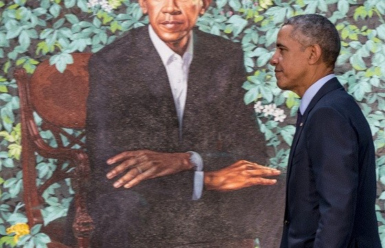 Barack y Michelle Obama develan sus retratos oficiales en Washington