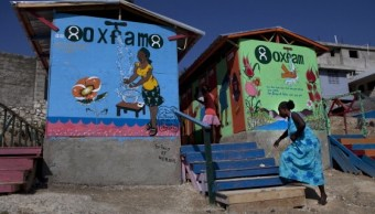 Escándalo sexual en Oxfam amenaza con dañar su reputación