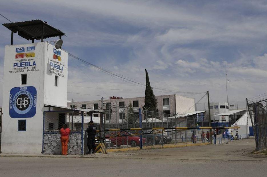 Riña en penal de Puebla deja un lesionado