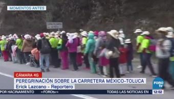 Peregrinación avanza sobre la carretera México-Toluca