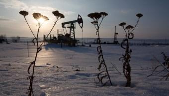 Recorte de suministro de petróleo amenaza la economía de Rusia