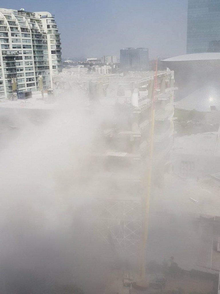 Se derrumba parte de un edificio en construcción en Ejército Nacional