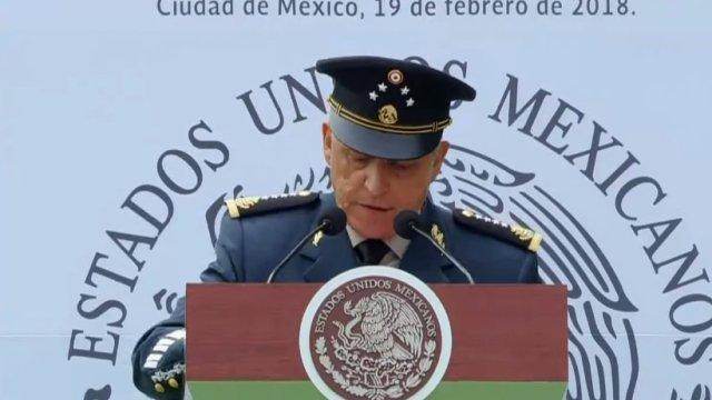 Secretario de Defensa asume su responsabilidad y apoyo a víctimas de Jamiltepec