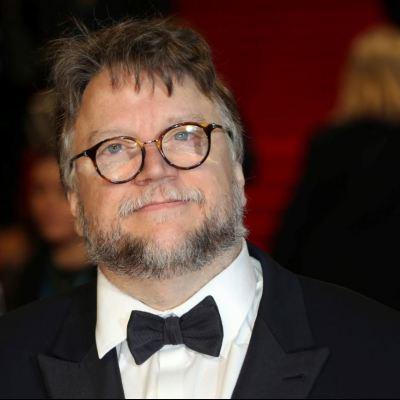 Guillermo del Toro ofrece visa y trabajo en Estados Unidos