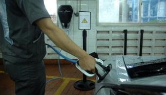 La venta de autos híbridos y eléctricos cae en noviembre: AMIA