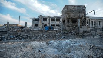 Mueren 25 personas por ataques contra bastión opositor en Damasco