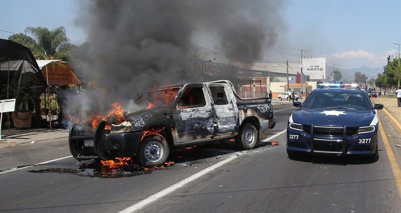 Sobrino de El Mencho, entre los detenidos por incendios en Michoacán: Fiscalía