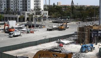Reabren tramo de carretera de Miami donde cayó un puente peatonal