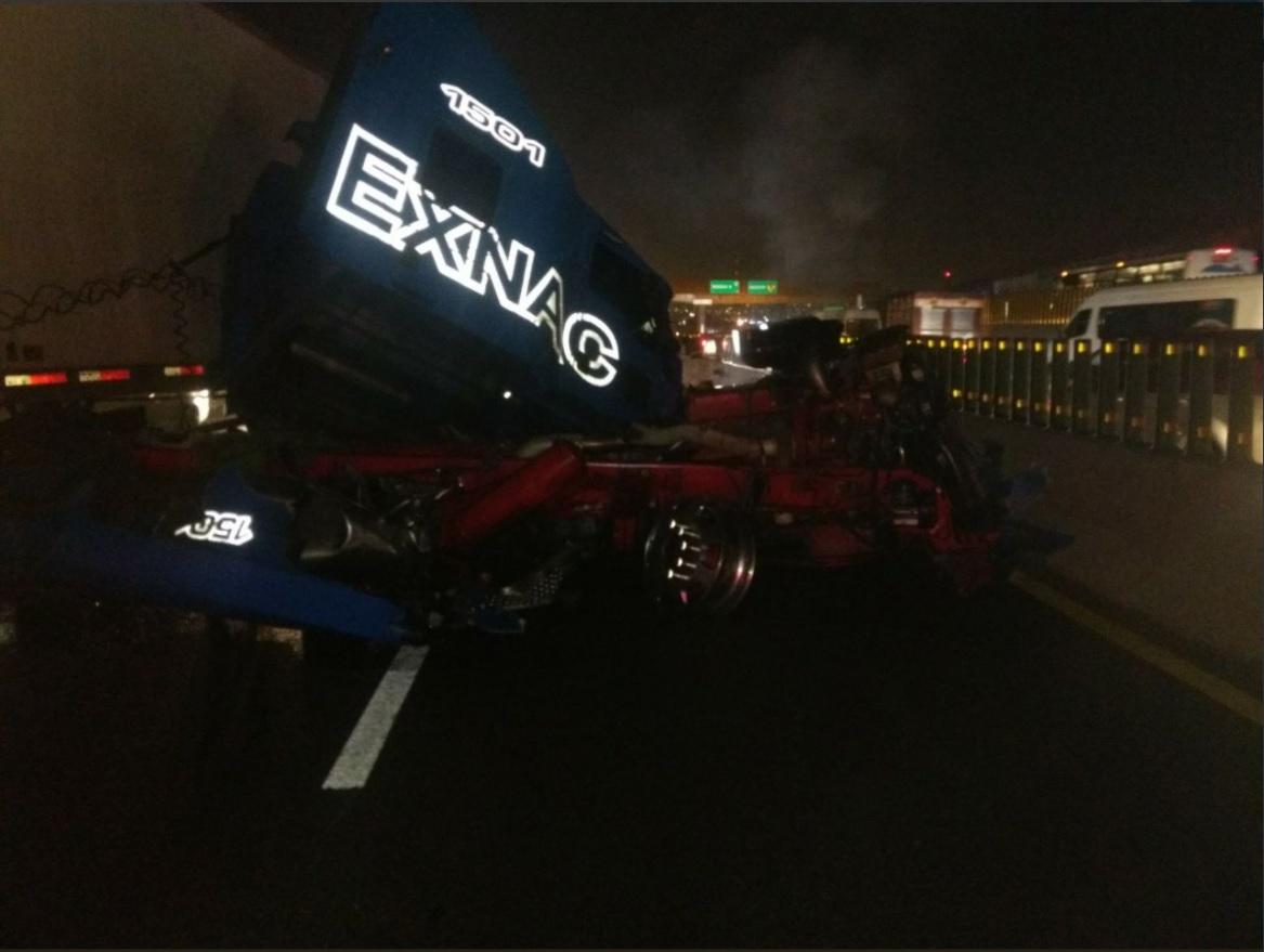 Choque en la Autopista México-Puebla provoca caos