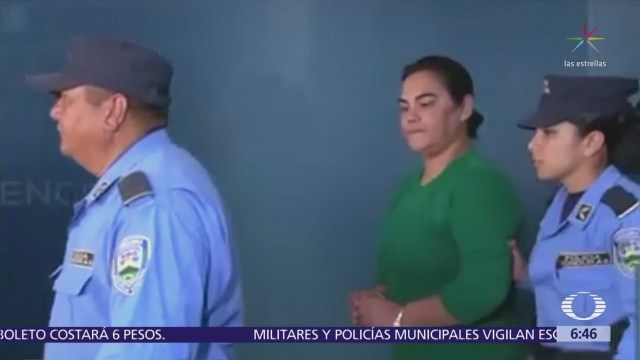 Acusan a Rosa Elena Bonilla, ex primera dama de Honduras, de corrupción; ya fue detenida