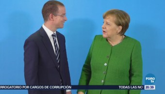 Anaya conversa con Angela Merkel en Alemania
