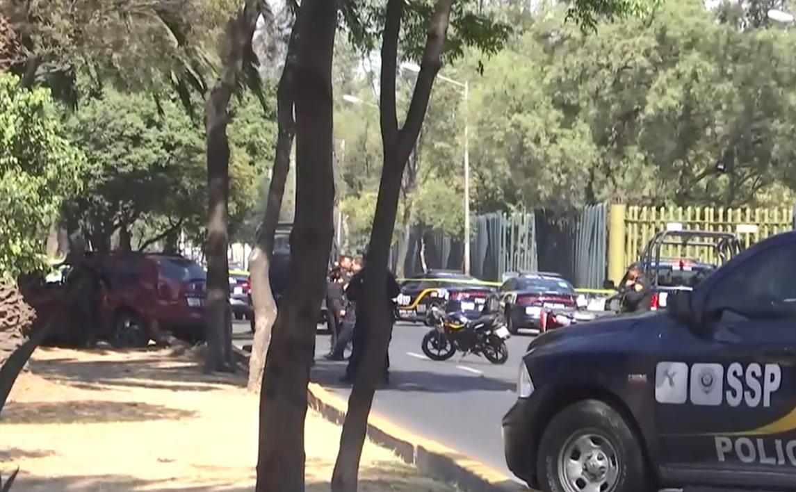 Deja dos muertos una balacera entre policías y delincuentes