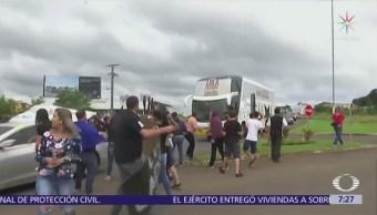 Atacan autobús de la campaña de Lula da Silva en Brasil
