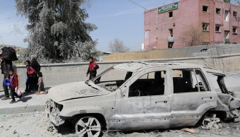 Ataque con cohetes en las afueras de Damasco, Siria, deja 35 muertos