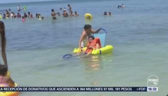Ballena provoca naufragio de una lancha en Puerto Escondido, Oaxaca