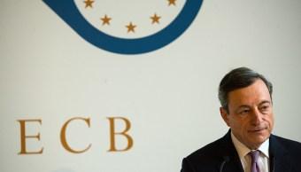 BCE: Fin a compras de bonos cuando la inflación se encamine