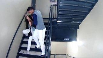 Beisbolista venezolano golpea brutalmente su novia