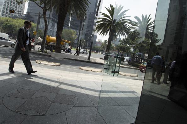 La bolsa de México baja un 0,39 % al inicio de la sesión