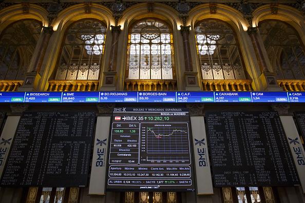 Las Bolsas europeas abren con resultados mixtos por aranceles