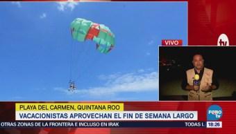 Vacacionistas Disfrutan Playas Quintana Roo