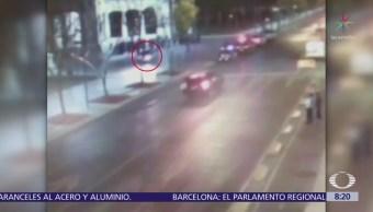 Conductor ebrio estuvo a punto de atropellar a policías en la Alameda