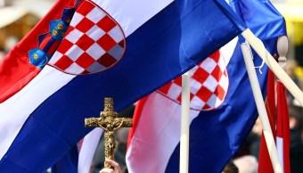 Miles de ultraderechistas marchan en Croacia contra matrimonios homosexuales