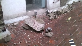 Cae rayo en torre de la catedral metropolitana