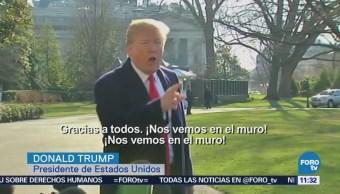 Donald Trump habla de prototipos de muro