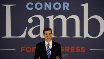 Demócrata, al borde de lograr victoria en comunidad pro Trump en Pensilvania