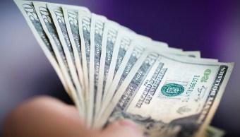 El dólar se vende en 18.93 pesos