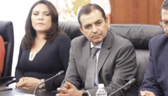 PAN y PRD intentan destituir a Cordero de presidencia del Senado