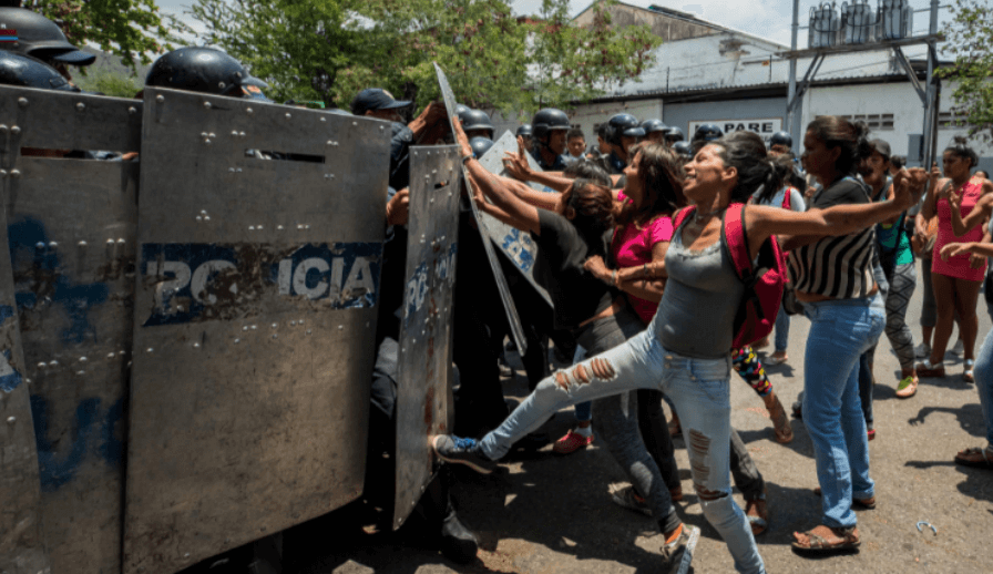 Motín pone en evidencia sobrepoblación en comisarías de detención temporal en Venezuela