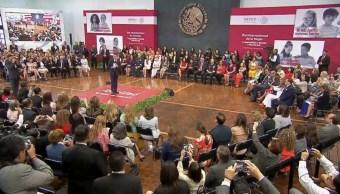 Hay avances en apoyo para mujeres dice EPN