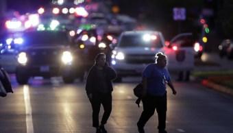 Dispositivo incendiario lesiona persona Austin descartan paquete bomba