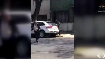 Hombre frustra asalto tras huir de un delincuente en la CDMX