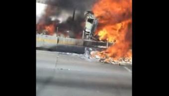 trailer incendia carretera queretaro bomberos policia