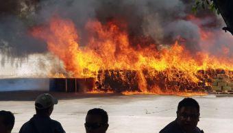 PGR incinera narcóticos y bebidas alcohólicas adulteradas en Jalisco