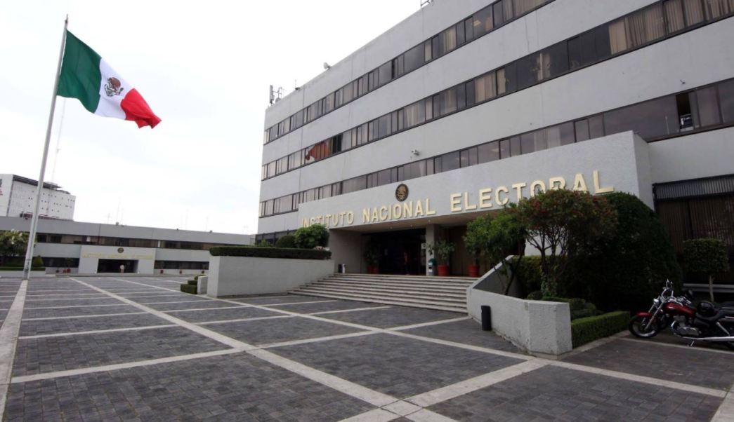 Sindicatos mineros piden al INE que niegue registro a Gómez Urrutia