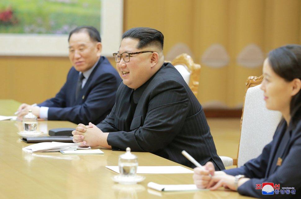 Kim Jong Un y delegación surcoreana debaten distensión