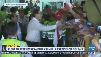 Llega a Perú Martín Vizcarra para asumir Presidencia