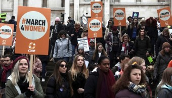 Decenas de mujeres marchan en Londres para pedir igualdad de género