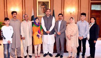 Siempre ha sido mi sueño venir a Pakistán en paz y sin miedo', dice Malala