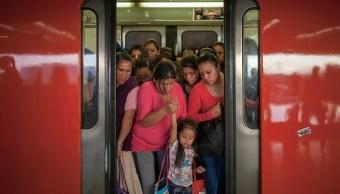 Metro y Metrobús de la CDMX operarán este lunes con horario festivo