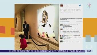 Michelle Obama se reúne con bebé que miró atónita retrato de la ex primera dama