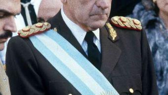Muere Reynaldo Bignone, último dictador de Argentina. (AP)