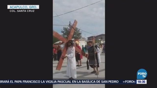 Mueren dos personas en balacera durante viacrucis en Acapulco