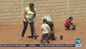 Niños participan en jornada de reforestación en Guaymas, Sonora